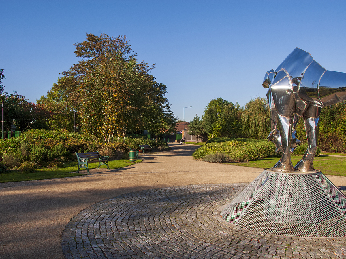 View of Close Park northern pedestrian entrance and Mark Jalland sculpture by Natural Dimensions